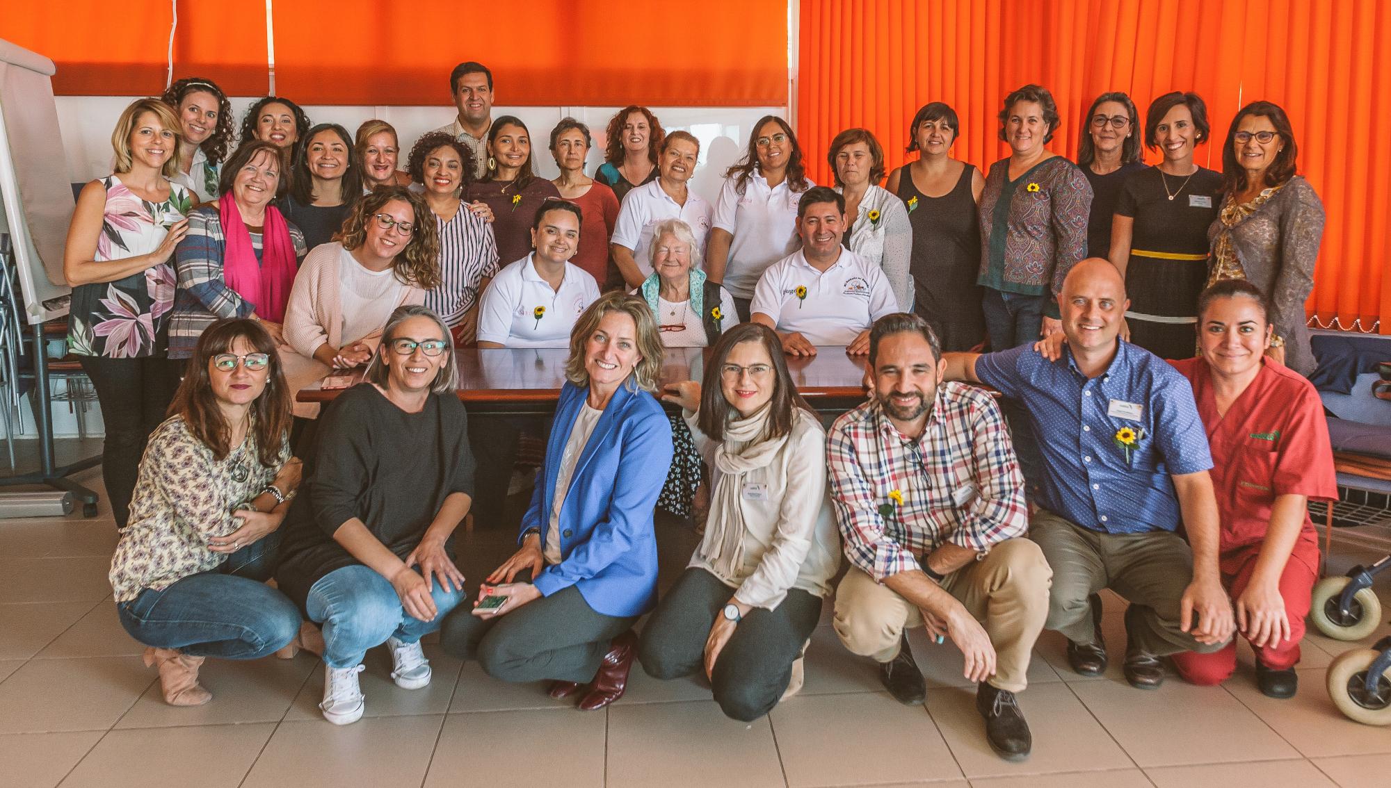 Once profesionales de tres nacionalidades diferentes se forman gracias al programa Cudeca Experience